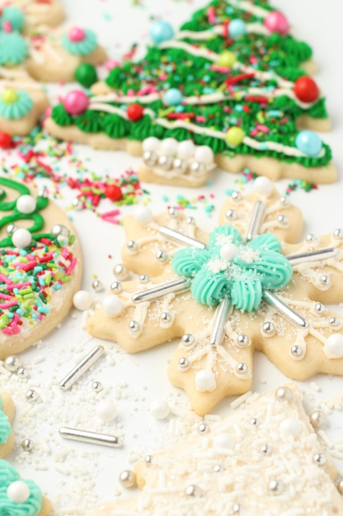 Christmas Sugar Cookies.The Best Soft Sugar Cookies